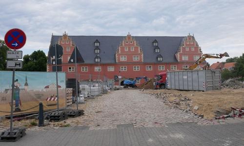 Die Bagger werden noch eine Weile rollen. Danach soll der neue Schlossplatz ein Prachtstück im Herzen der Stadt sein.