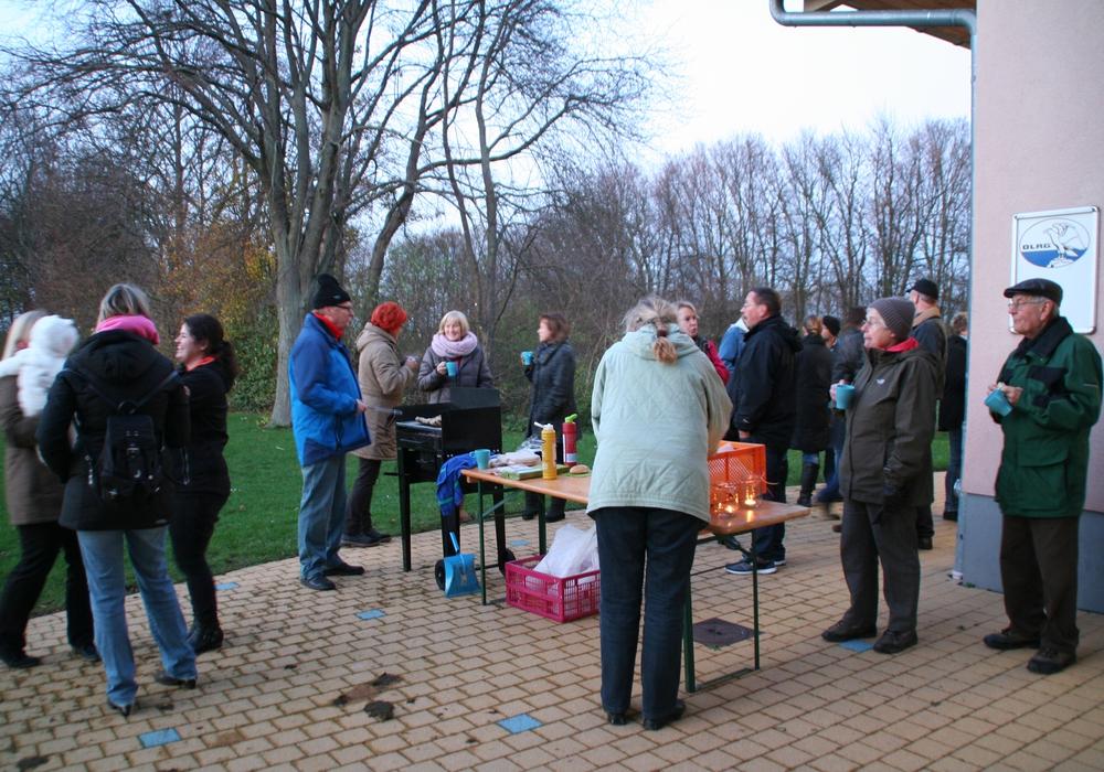 Das Grillen im Freibad am Elm war gut besucht. Foto: Privat