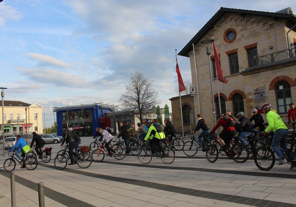 Auch in Wolfenbüttel kamen am Freitagabend rund 30 Radfahrer zusammen und begaben sich auf die Straßen Wolfenbüttels. Foto: Jan Borner