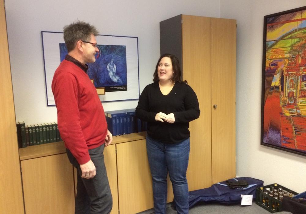 Pastor Friedhelm Meinecke im Gespräch mit Pastorin Renata Pautsch, Foto: Ulla Evers