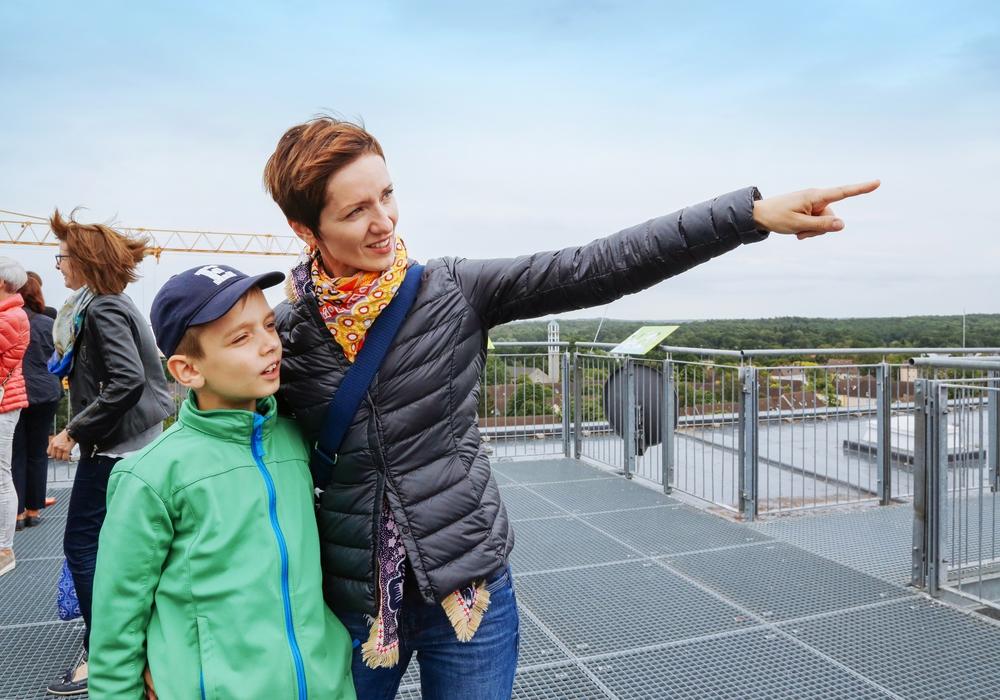 Die Rathausdachführung ist mittlerweile eine beliebte Ausflugsmöglichkeit. Foto: Janina Snatzke/WMG