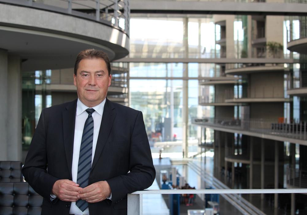 Der Bundestagsabgeordnete Uwe Lagosky freut sich über die Investitionen des Bundes. Foto: CDU