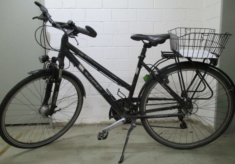 """Wem gehört das Damensportrad """"Gudereit""""? Hinweise an die Polizei Braunschweig. Foto: Polizei"""