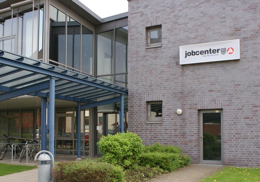 """Das Jobcenter Wolfenbüttel wird zum ersten 2papierarmen""""  Jobcenter in Niedersachsen. Foto:  Anke Donner"""