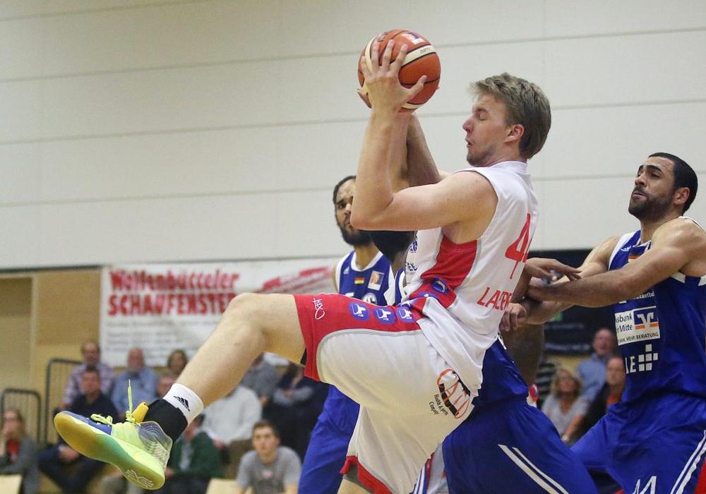 Lars Lagerpusch kam im Schnitt bisher auf 17 Minuten, 5,7 Punkte und 3 Rebounds. Foto: Agentur Hübne