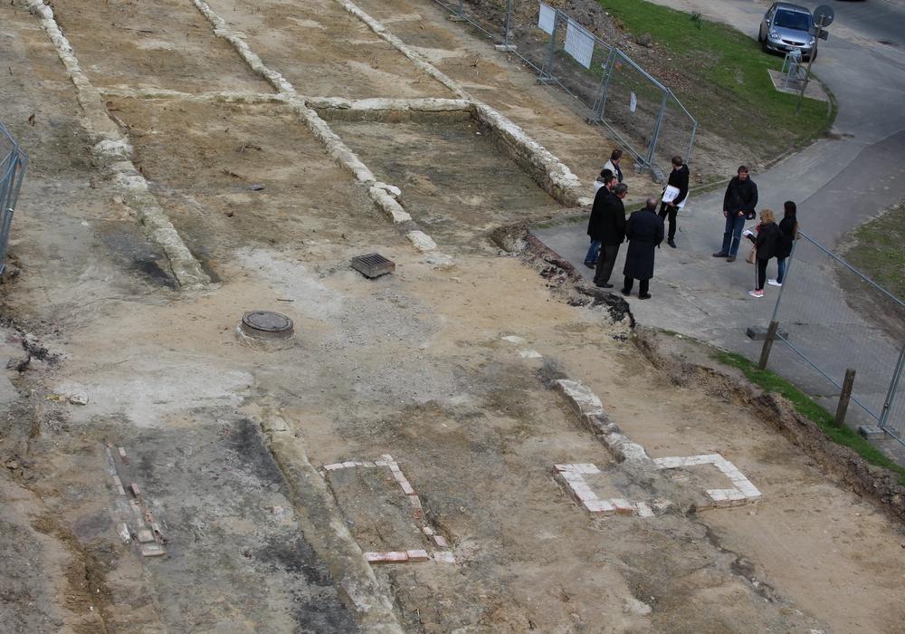 Was mit den ausgegrabenen Fundamenten am Laagberg geschehen soll, diskutierte der Ortsrat Mitte-West am gestrigen Donnerstag. Foto: Christoph Böttcher
