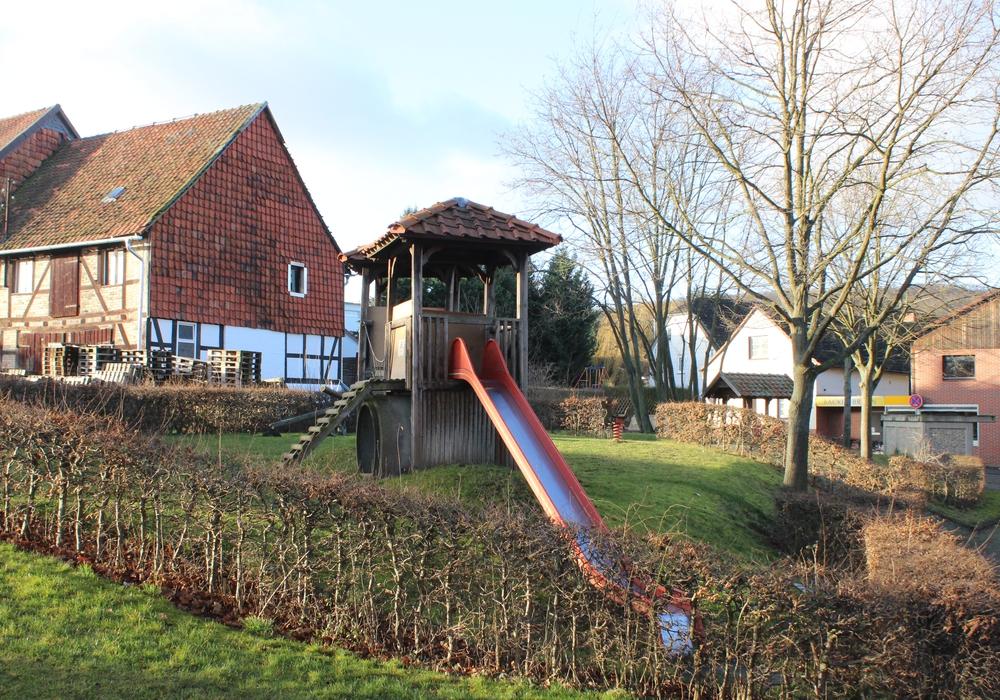 Der Spielplatz in Weddingen steht nach der Aufwertung einiger anderer als Nächster auf dem Plan der Stadt. Foto: Anke Donner