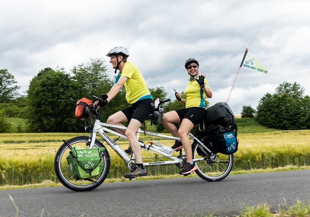 Mit dem Tandem in 11 Etappen durch Deutschland - insgesamt ist die Strecke 3.675 Kilometer lang. Foto: Mut-Tour