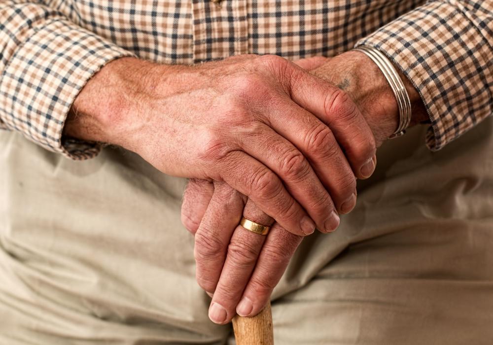 In der Beratung geht es um Fragen im Alter. Symbolbild: pixabay