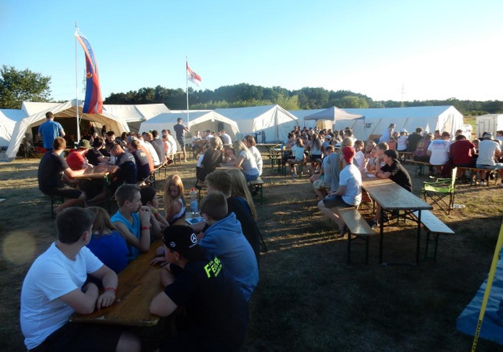 Ein gelungenes Zeltlager des Bereiches West. Fotos: Jugendfeuerwehr Braunschweig