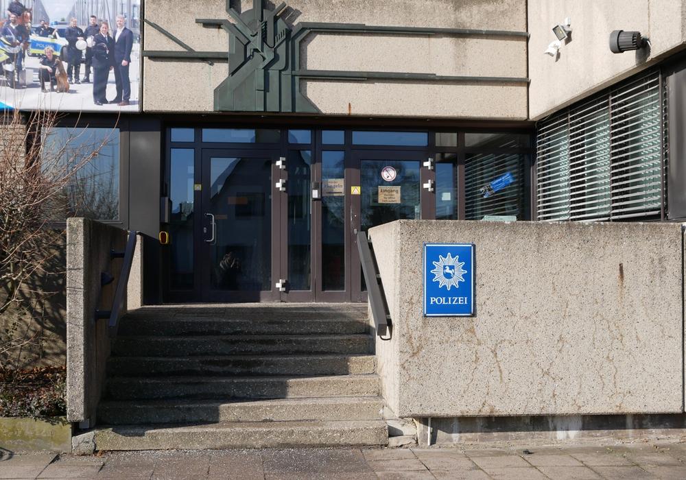 Erst kurz vor der zweiten Kontrolle, hatte der Mann bei der Polizeidienststelle seinen Haftbefehl bezahlt. Foto: Alexander Panknin