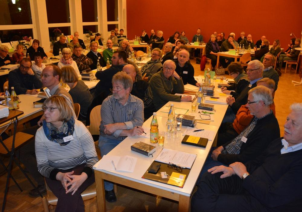 Am gestrigen Montagabend traf sich der Kirchenkreistag. Foto: Kirchengemeinde