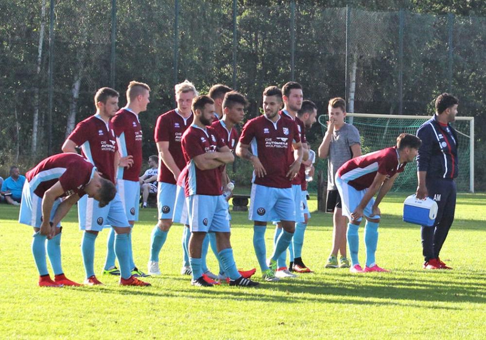 Lupo Martini landet durch die unglückliche Auswärtsniederlage beim direkten Konkurrenten 1. FC Germania Egestorf-Langreder auf einem Abstiegsplatz der Regionalliga Nord. Symbolfoto: Vollmer