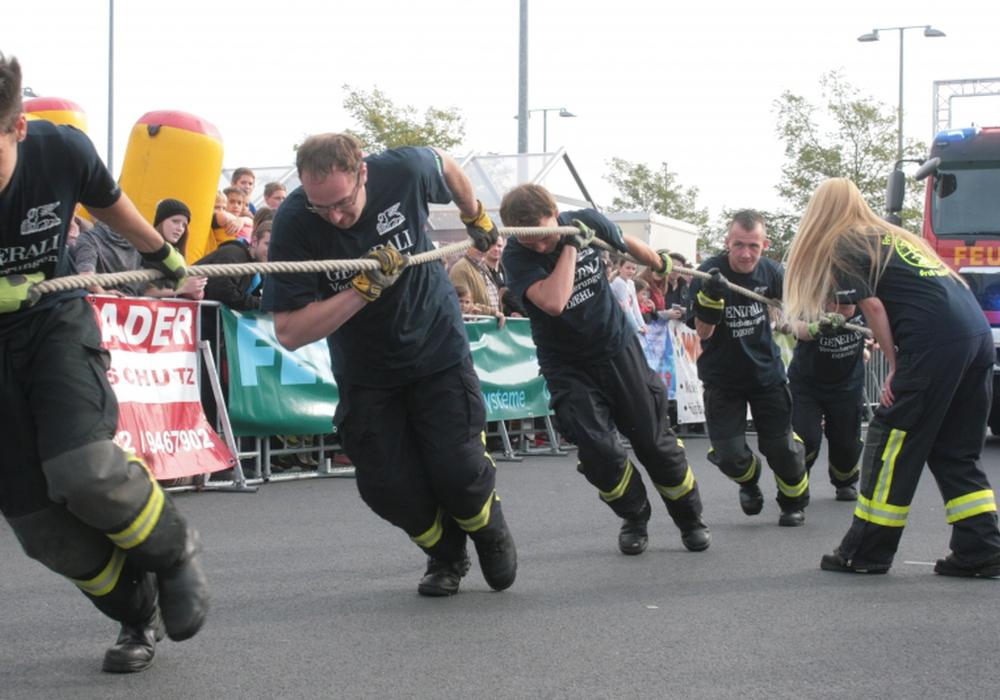 Feuerwehrpulling für den guten Zweck. Symbolfoto: Anke Donner