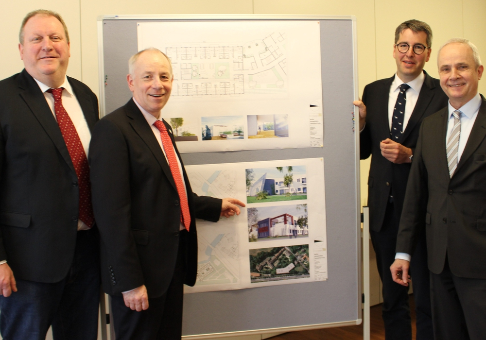Ulrich Zerreßen (von links), Rüdiger Becker, Dr. Oliver Junk und Thomas Brych. Fotos: Frederick Becker