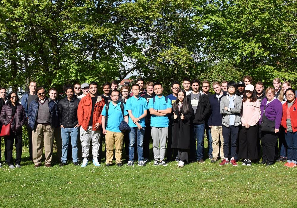 Eine bunt gemischte Truppe traf sich zur Internationalen Sommeruniversität auf dem Campus Wolfenbüttel der Ostfalia. Foto: Ostfalia
