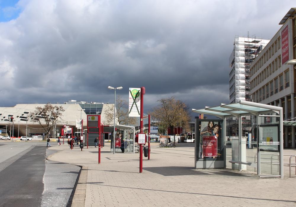 """Start und Ziel des ersten Wolfsburger """"Instameet"""" wird der Zentrale Omnibusbahnhof (ZOB) sein. Archivfoto: Christoph Böttcher"""