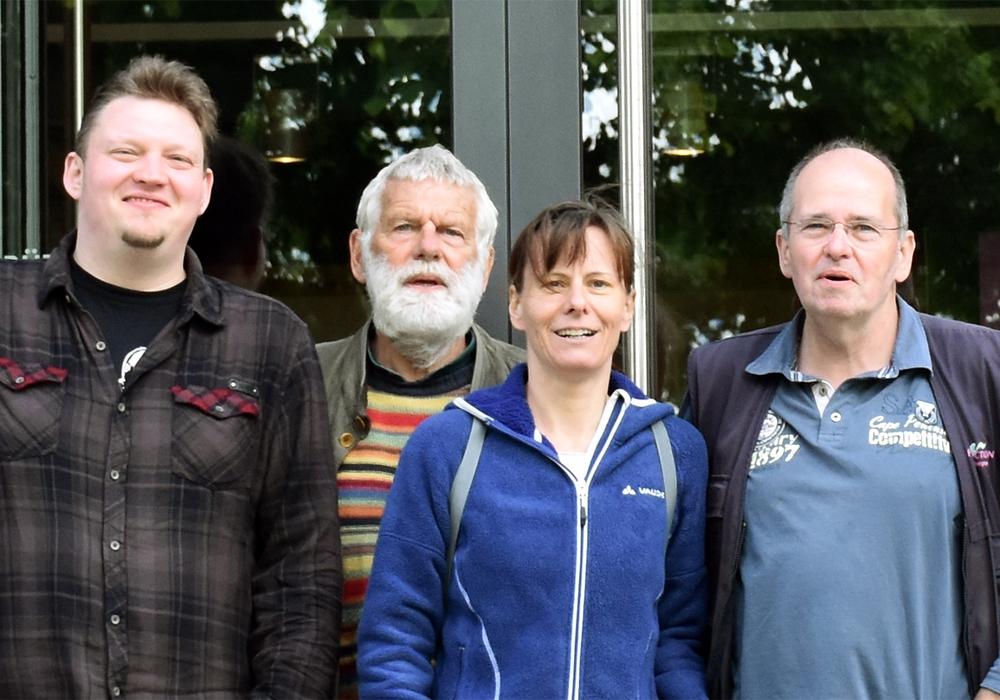 Die Linke vor dem Besuch des Bürgermuseums: André Owczarek, Dieter Wiechenberg, Nadja Frick, Arnfred Stoppok (v.li.) Foto: privat