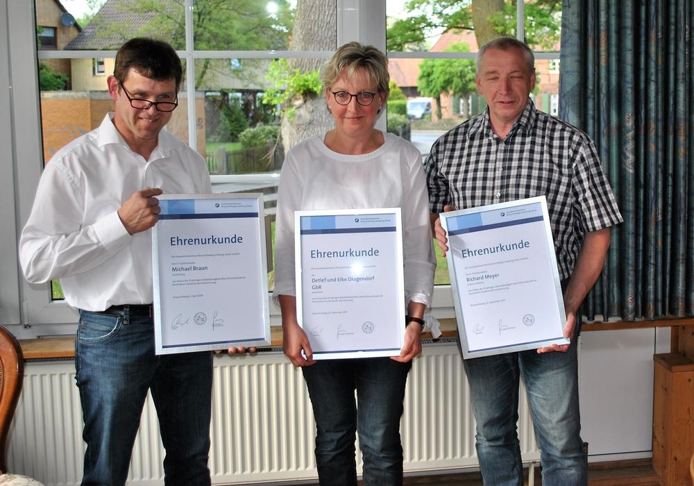 Michael Braun, Elke Dragendorf und Richard Meyer. Foto: Kreishandwerkerschaft Region Braunschweig-Gifhorn