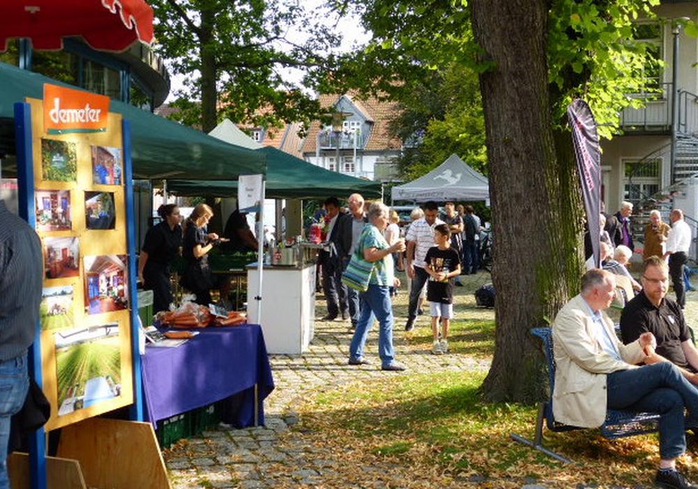 "Mehrere Hundert Besucher kamen zur After-Work-Party der ""Marktplätze"". Foto: merkWATT"