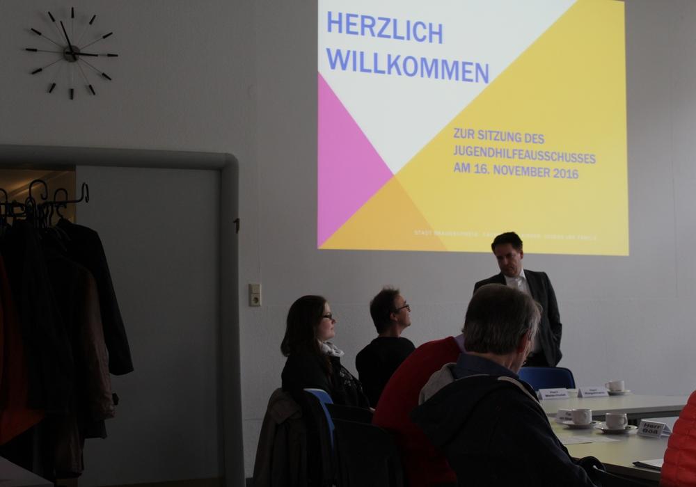 Der Jugendhilfeausschuss tagte zum ersten Mal in der neuen Wahlperiode. Foto: Bernd Dukiewitz