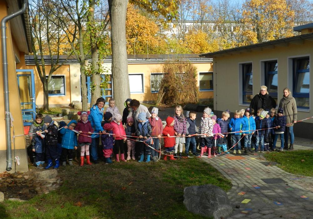 Ein Teilstück des Außengeländes der evangelischen Kita Edemissen wurde eröffnet. Foto: Ev.-luth. Kirchenkreis Peine
