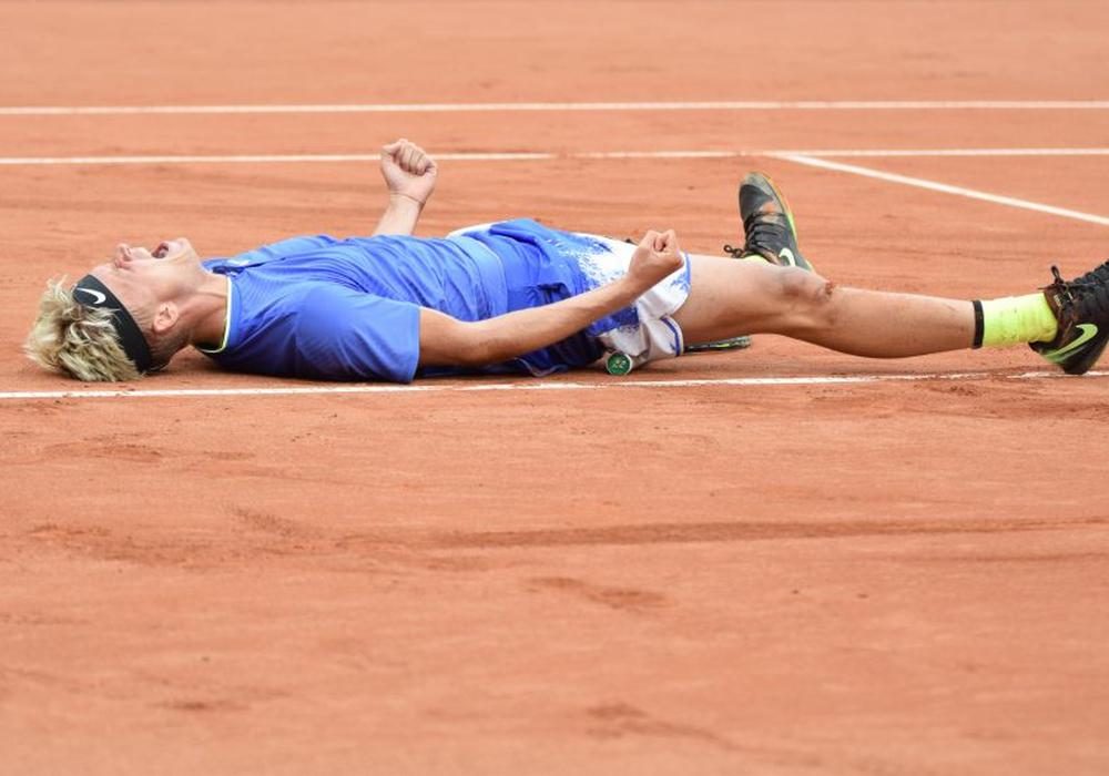 Körperlich am Limit: Nicola Kuhn machte es spannend, steht am Samstag in seinem ersten Finale im Männerbereich. Fotos: Moritz Eden