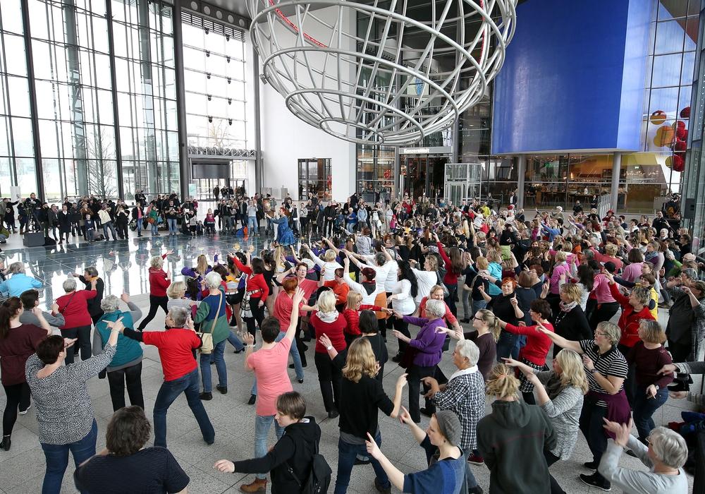 Tanzen für Frauenrechte. Foto: Stadt Wolfsburg