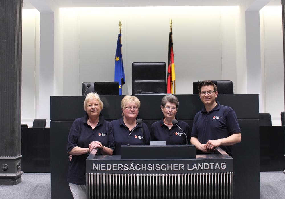 Aufgrund der deutlich zurückgegangenen Blutspenden im vergangenen Monat Mai initiierte der Wolfenbütteler Landtagsabgeordnete Björn Försterling eine Blutspendeaktion im Niedersächsischen Landtag. Foto: DRK