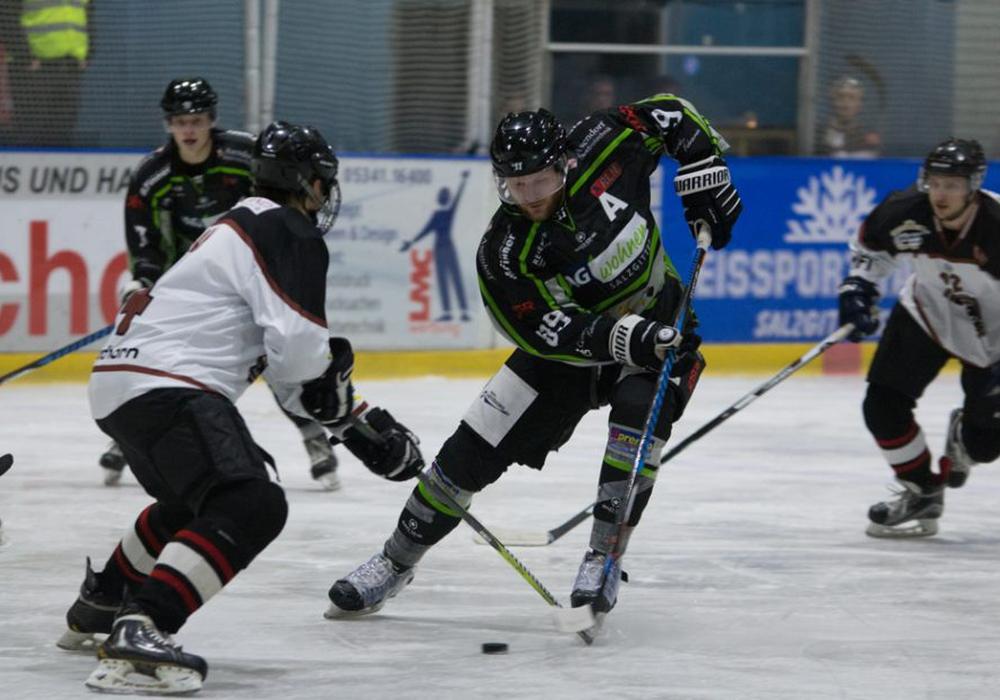 Die Icefighters fanden nicht in ihr Spiel. Fotos: Jens Bartels