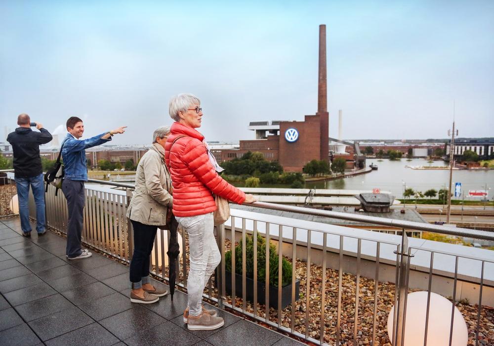 Der Blick auf das Kraftwerk. Foto: Wolfsburg Wirtschaft und Marketing GmbH/Janina Snatzke