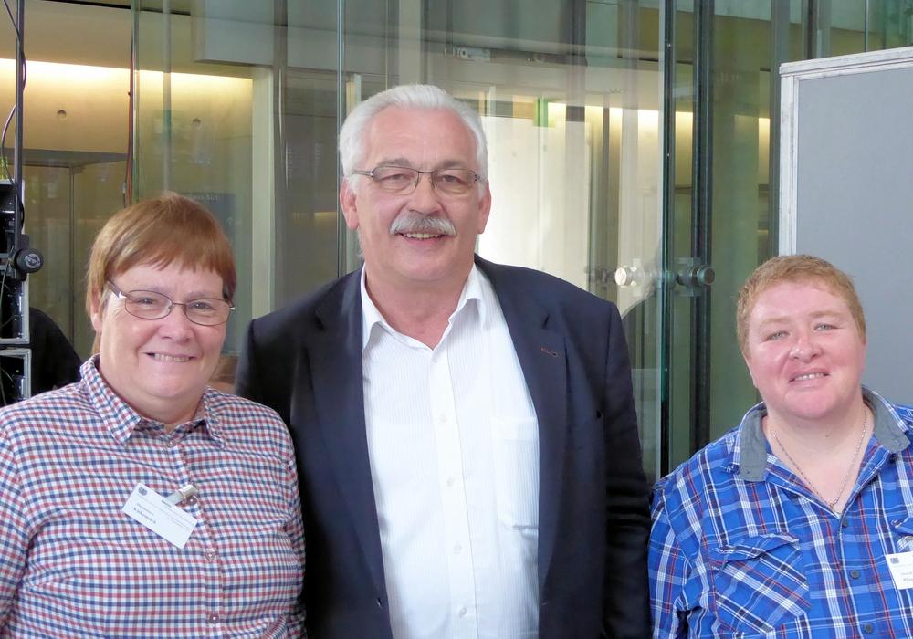 Hannelore Kükemück (Bad Gandersheim), Wilhelm Priesmeier und Monika Blaszynski (Northeim). Foto: Privat