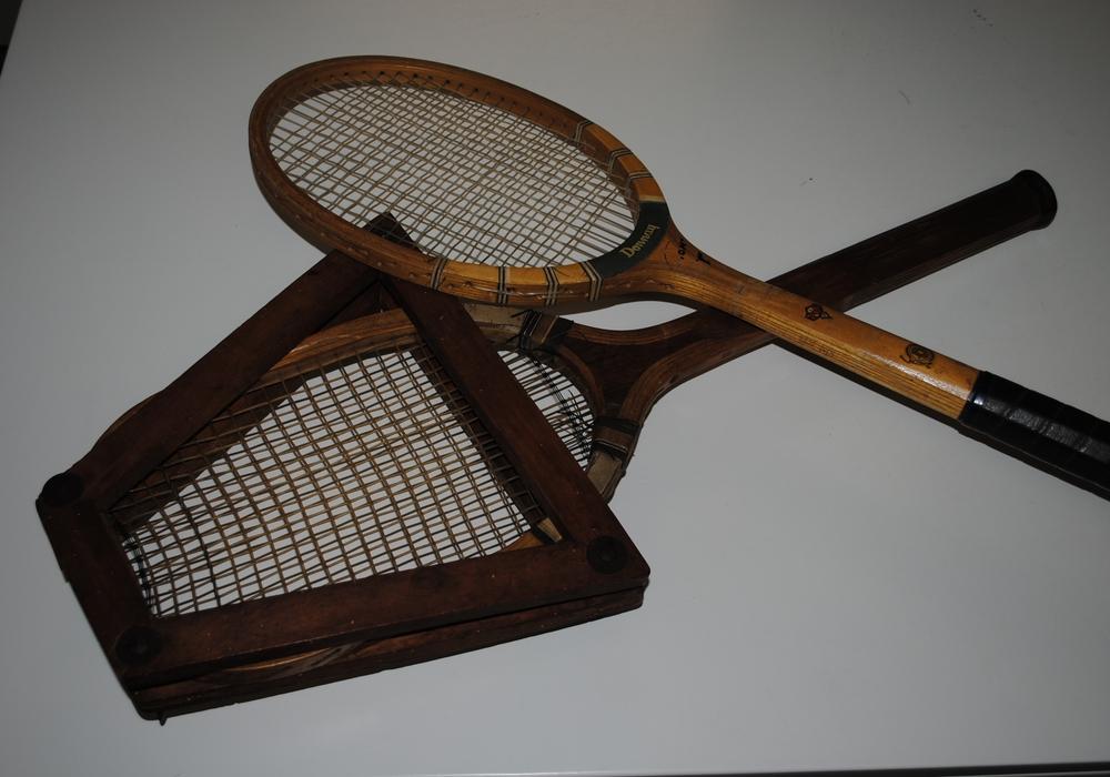 Tennisschläger aus dem Kreismuseum Foto: Landkreis Peine