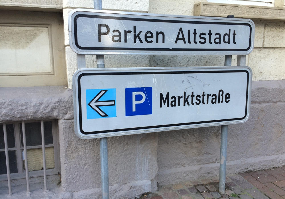 Die FDP-Ratsfraktion stellte einen Antrag zur Erstellung eines Verkehrs- und Parkkonzepts. Symbolfoto: Anke Donner