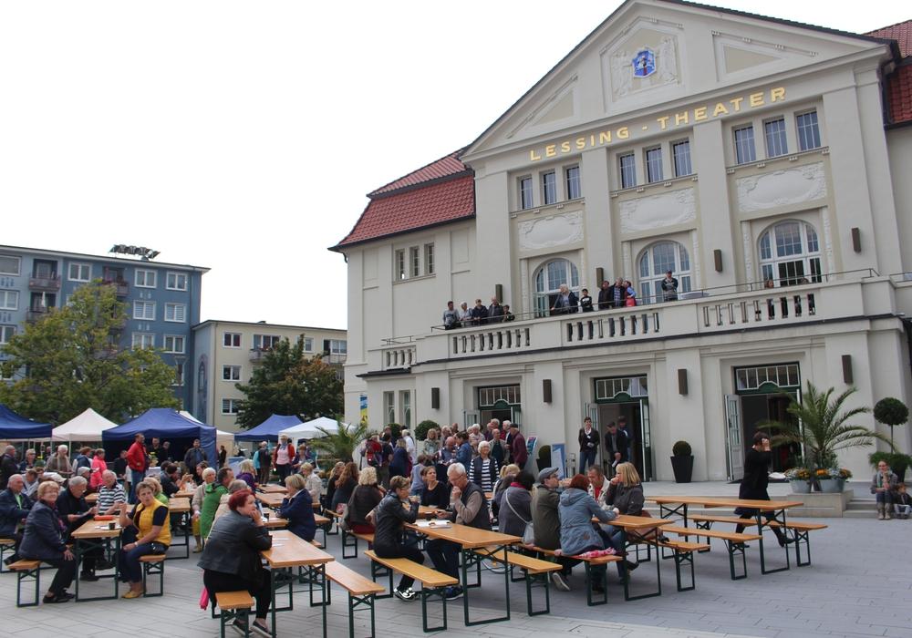 Mit einem Theaterfest eröffnet das Lessingtheater am Samstag die Spielzeit. Foto: Dontscheff