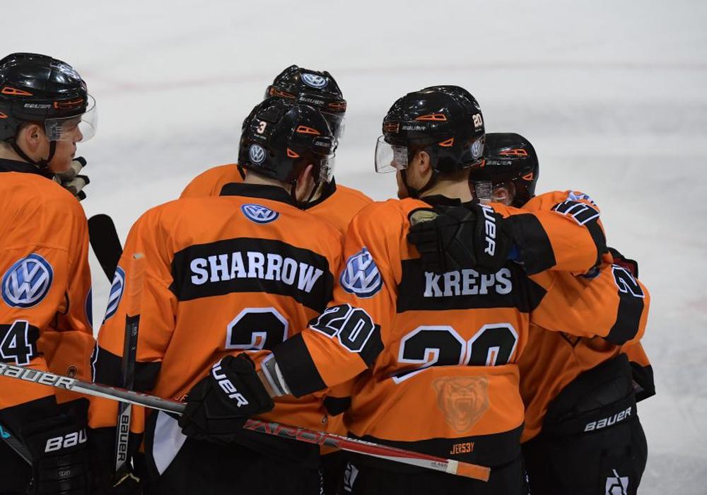 Seit 2015 trägt Sharrow Schwarz-Orange. Foto: Agentur Hübner