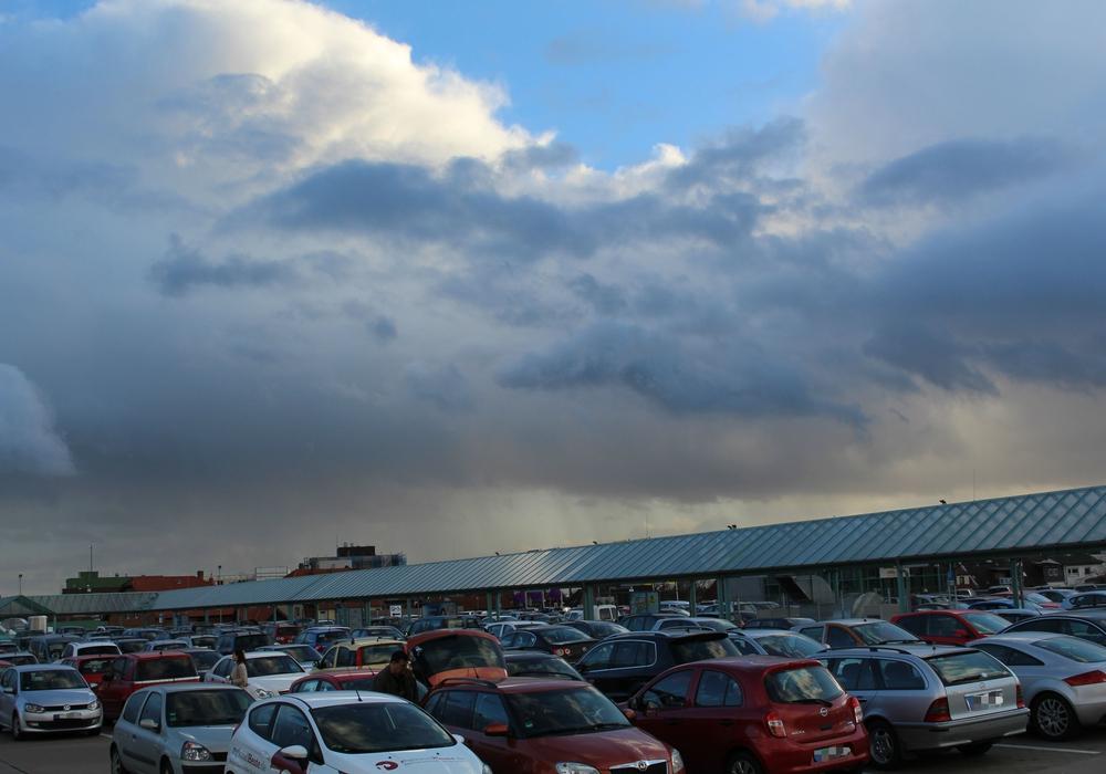 regionalWolfenbüttel.de gibt einen Überblick, wo es sich umsonst Parken lässt. Fotos: Jan Borner
