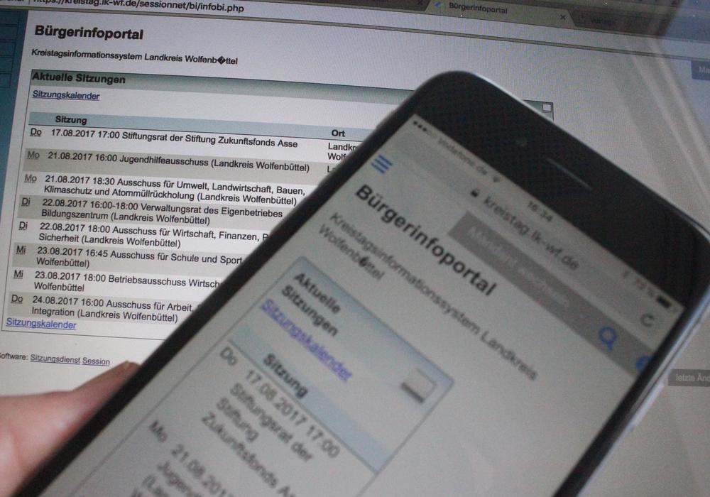 Den Kreistagsabgeordneten soll auch bald eine App zur Verfügung stehen. Symbolfoto: Anke Donner