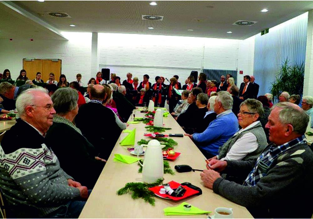 80 Gäste fanden sich zu der Feierlichkeit in der Lindenhalle ein. Foto: SoVD