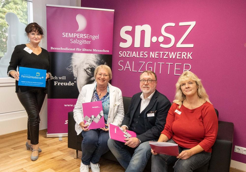 (von links) Gudrun Hanne; Monika Jüntschke ; Jörg Maushake ; Kathrin Wolf. Foto: Rudolf Karliczek
