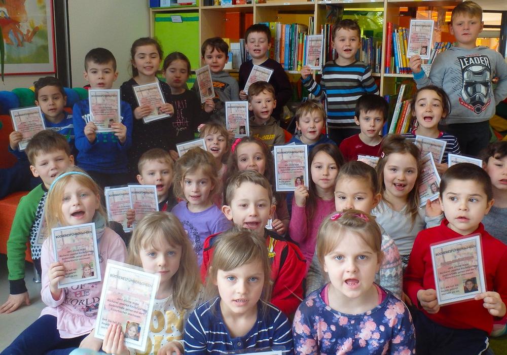 Die Kinder der Kita Geibelstraße machten den Bücherführerschein. Foto: Thorsten Raedlein/Stadt Wolfenbüttel