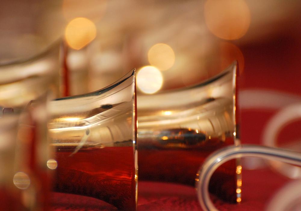 Weihnachtliche und klassische Melodien werden gespielt. Foto: Handglockenchor Hannover