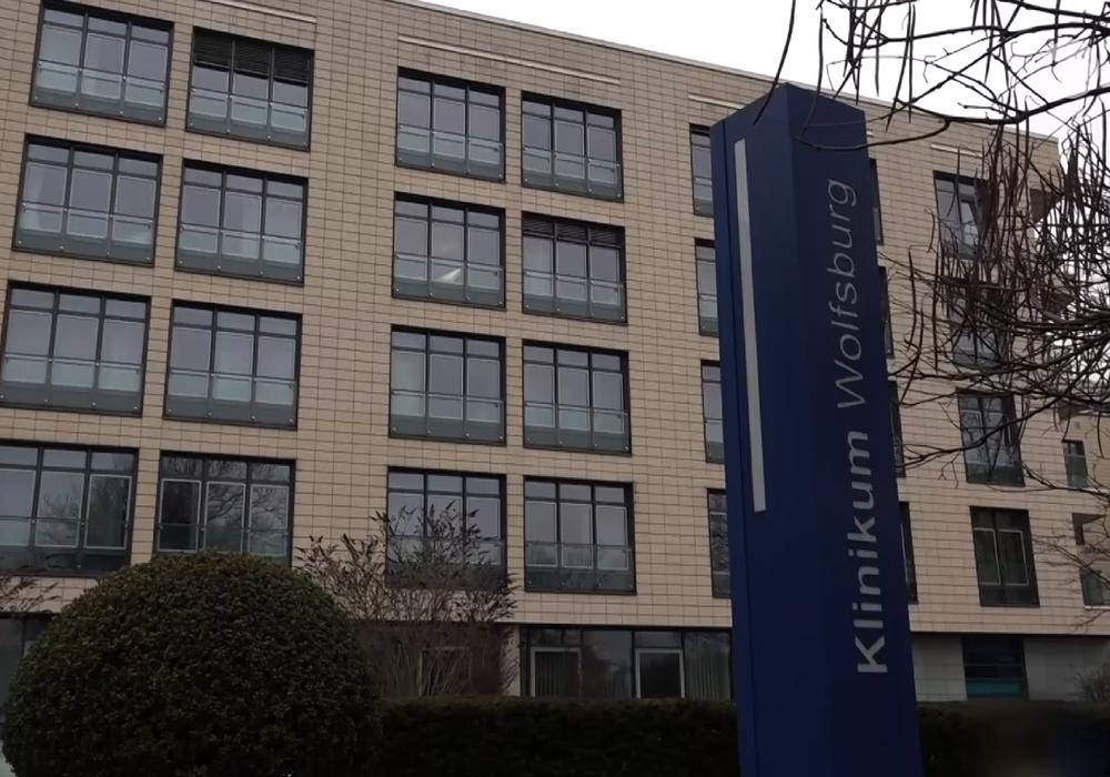 Das Klinikum Wolfsburg ist nun auch von Corona-Fällen betroffen. Archivbil