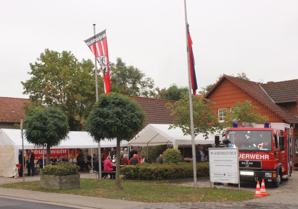 Am Samstag laden die Freiwillige Feuerwehr Kissenbrück und der Förderverein zu ihrem inzwischen traditionellen Tag der offenen Tür ein. Fotos: Anke Donner/Jens Meyer