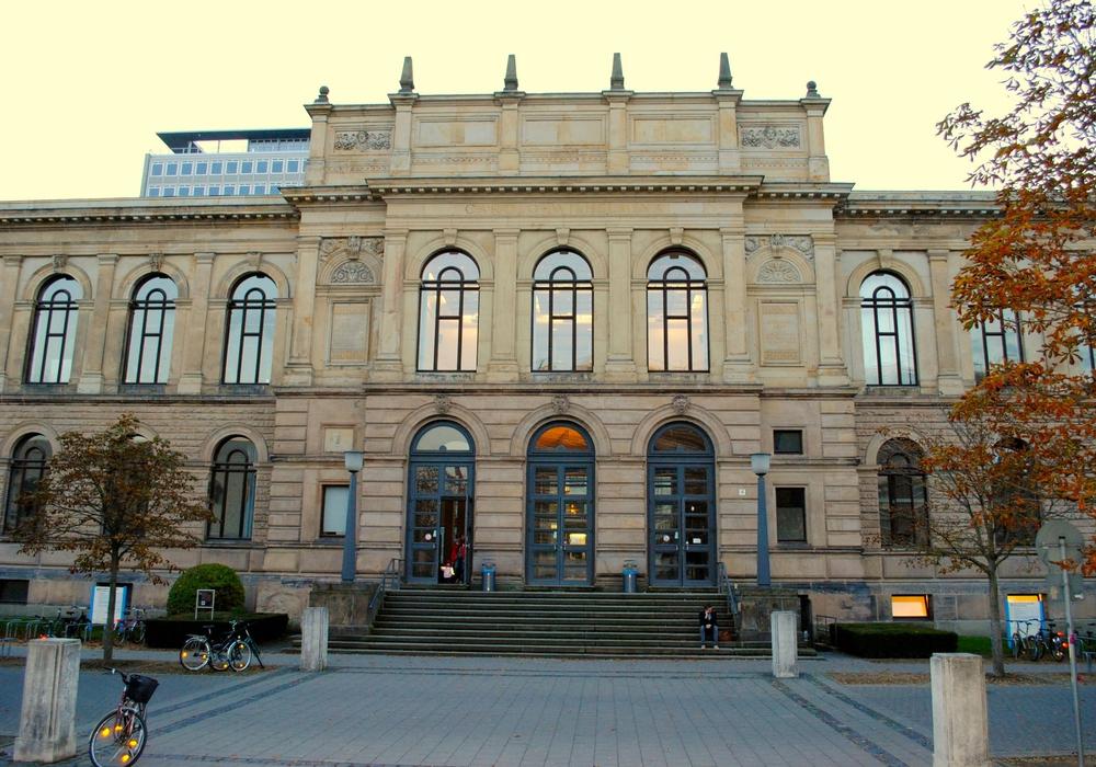 Die Lesung von Prof. Dr. Holger Hopp wird in den Altgebäuden der TU Braunschweig gehalten. Foto: Sina Rühland