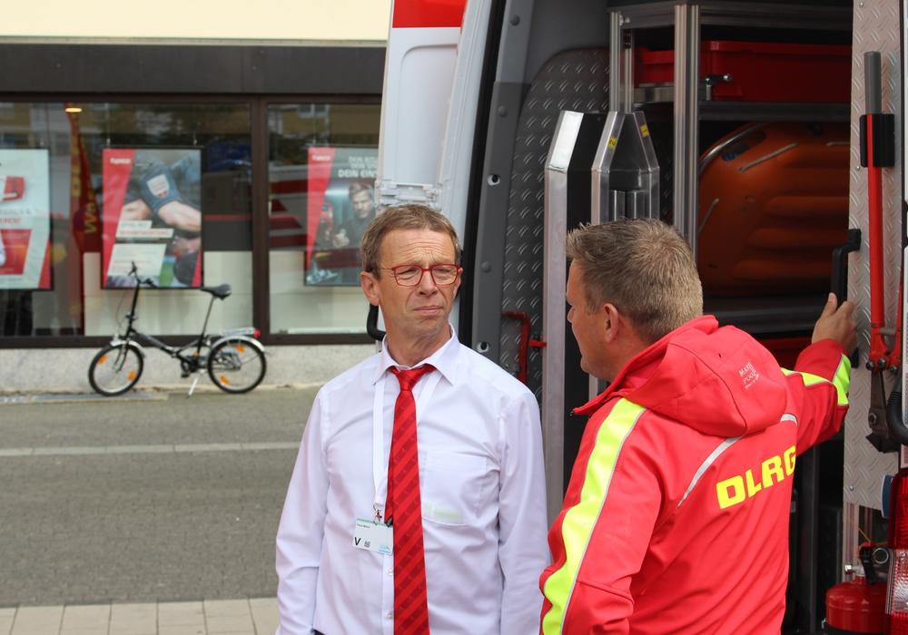 Der Oberbürgermeister freue sich darauf, mit Menschen ins Gespräch zu kommen. Fotos: Jan Weber