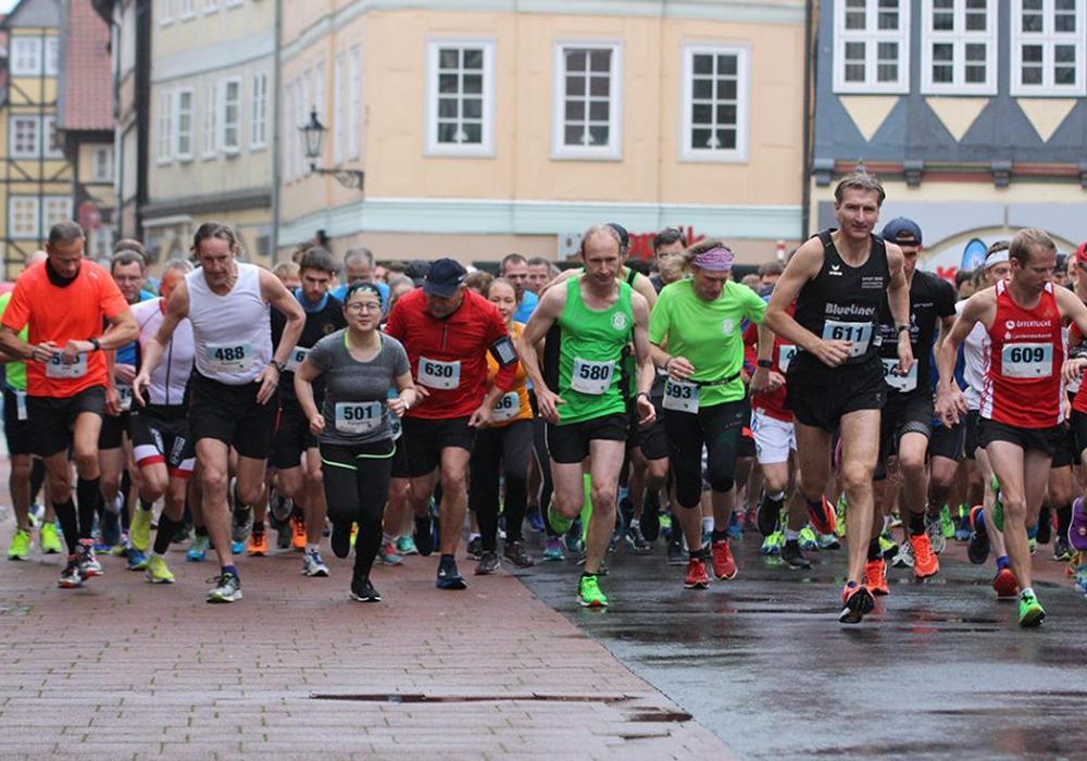 Start zum 10 Kilometer-Lauf. Fotos: Frank Vollmer