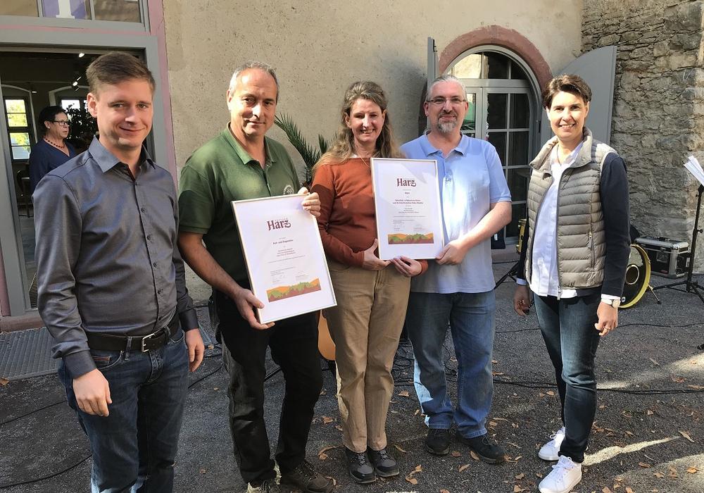 Marcus Weise (Bürgermeister Harzgerode), Peter Gropengießer, Irene Schukies, Christian Zineker und Carola Schmidt. Foto: Harzer Tourismusverband