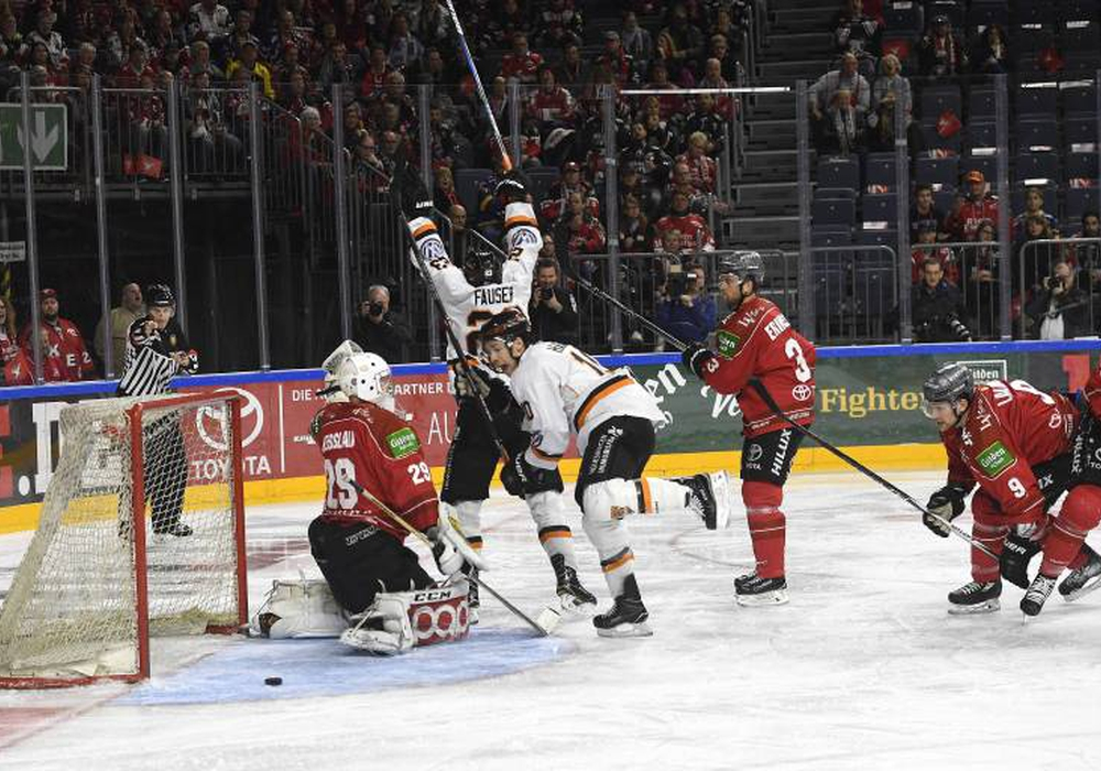 Können die Grizzlys heute Abend in Köln den Halbfinaleinzug bejubeln? Foto: Imago/osnapix