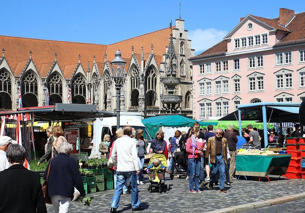 Aufgrund des Reformationstags fallen Wochenmärkte aus. Auch die Stadtbibliothek bleibt geschlossen. Foto:  Thorsten Raedlein
